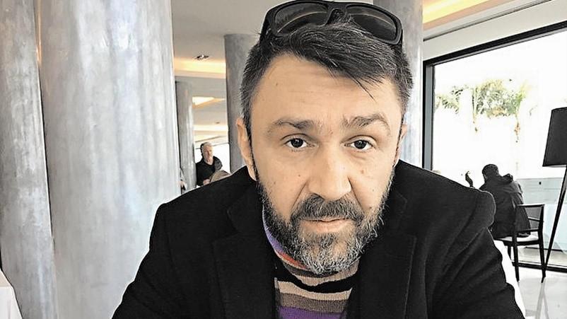 Сколько зарабатывает скандальный Сергей Шнуров