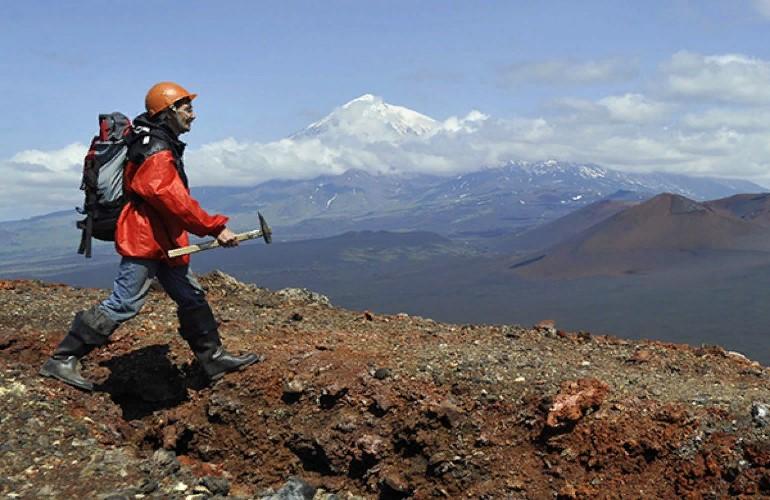 Сколько в России зарабатывают геологи?