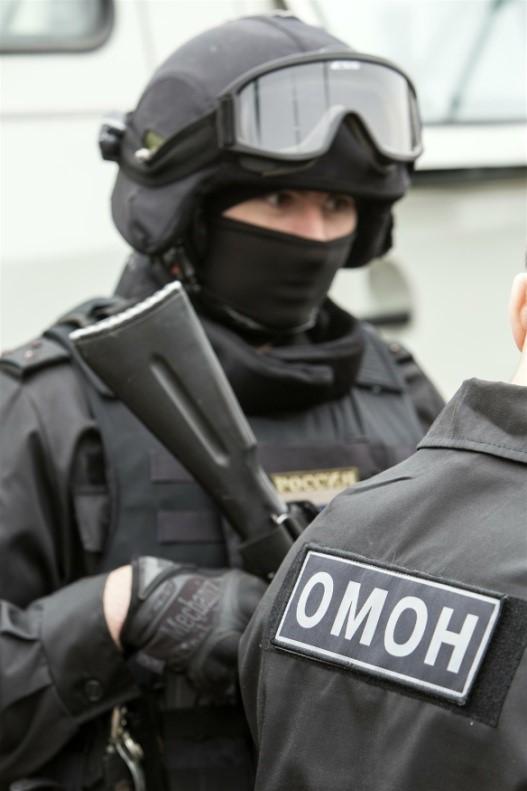 Сколько получают в рядах ОМОНа: что входит в обязанности бойца