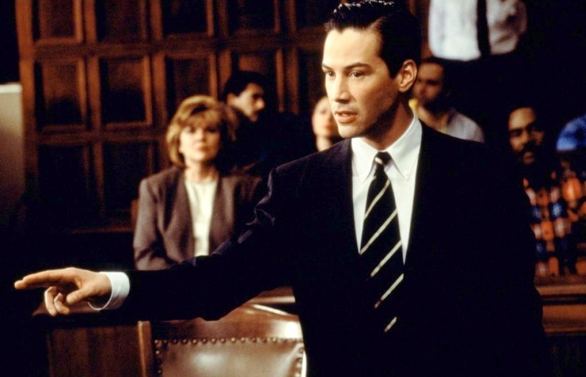 Финансовое благополучие юриста: сколько получают знатоки законов?