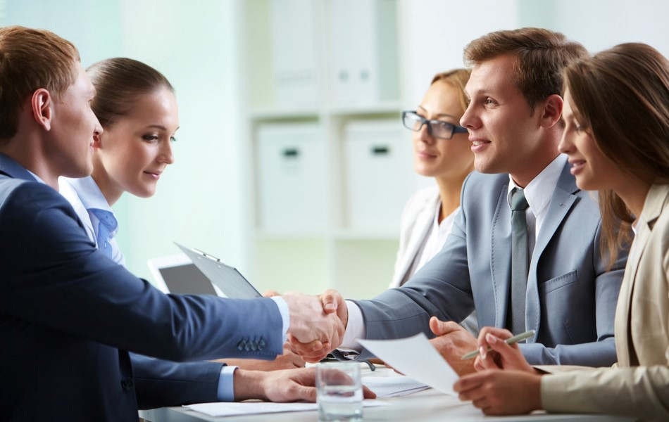 Почему работодатели предпочитают брать на работу людей по самозанятости