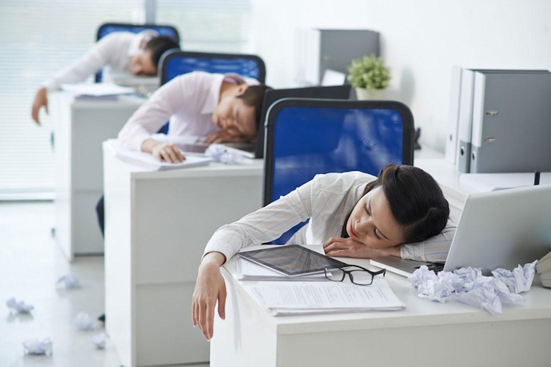 Почему работодатель не может запретить вздремнуть на работе