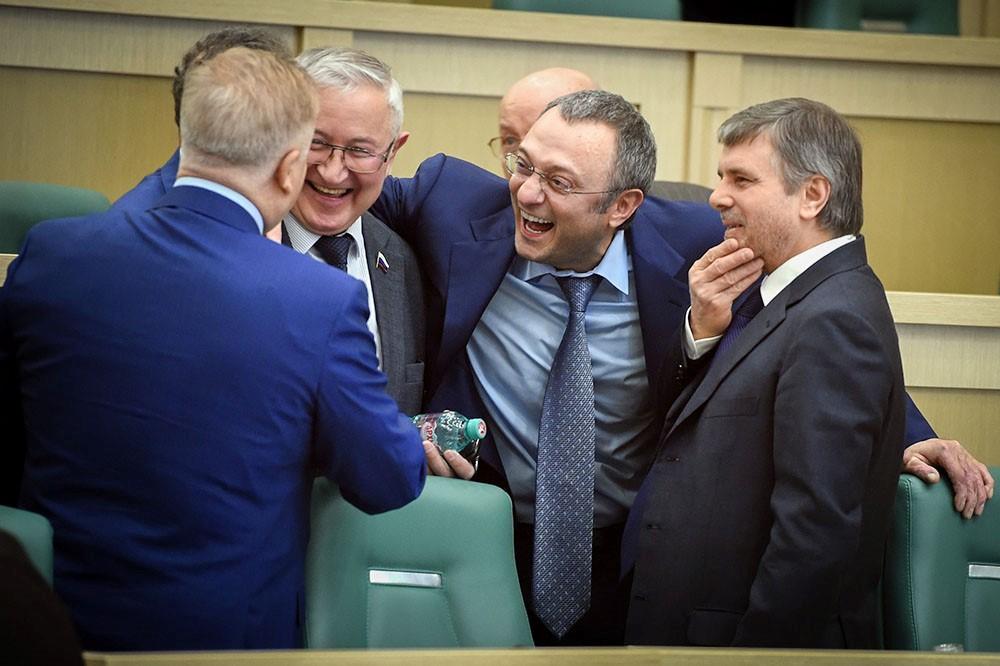Сулейман Керимов: путь к богатству, имущество и скандалы
