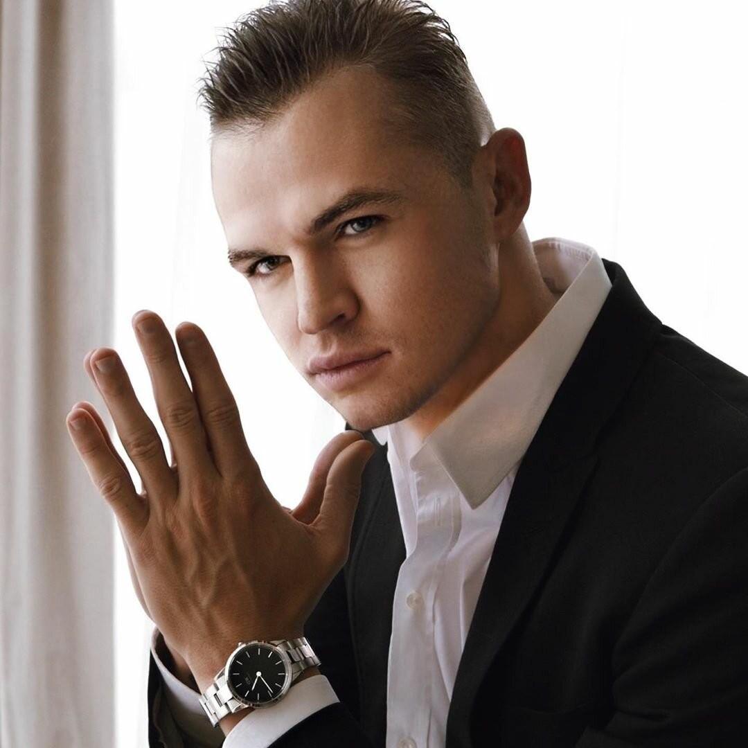 Известный футболист Дмитрий Тарасов: сколько удалось заработать за период работы в Локомотиве