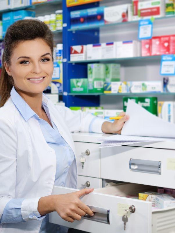 Профессия фармацевта: плюсы и минусы