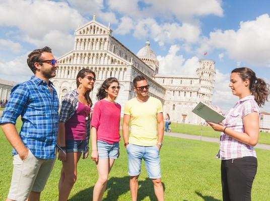 Чем занимается гид-экскурсовод: плюсы и минусы профессии