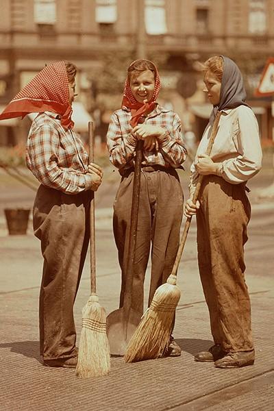 Не лишняя копеечка: как женщины подрабатывали в СССР